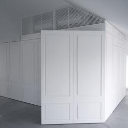 House K (大きな壁面収納)