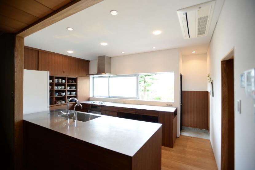 F邸 キッチン改修 | HOUSE F Renovation Iの写真 キッチンスペース
