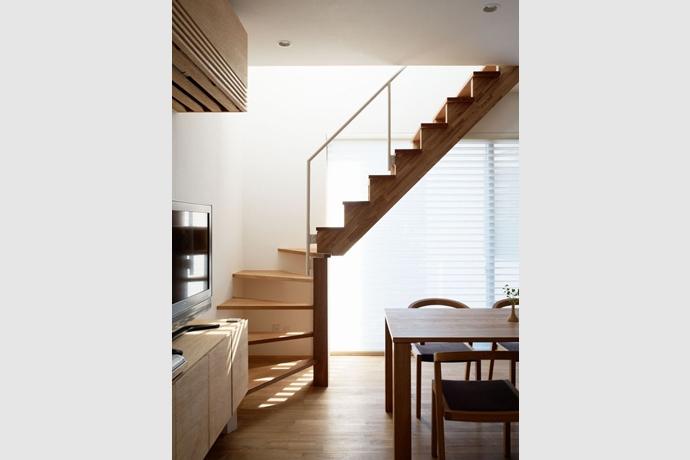 境南町の家の部屋 階段