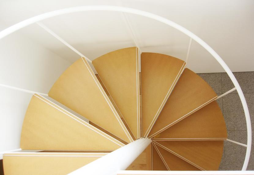 螺旋階段の家の部屋 螺旋階段のディティール