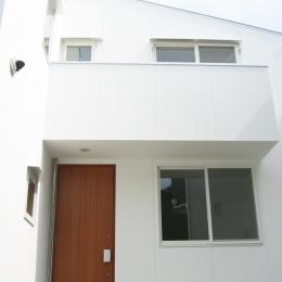 螺旋階段の家 (螺旋階段のある家・外観)
