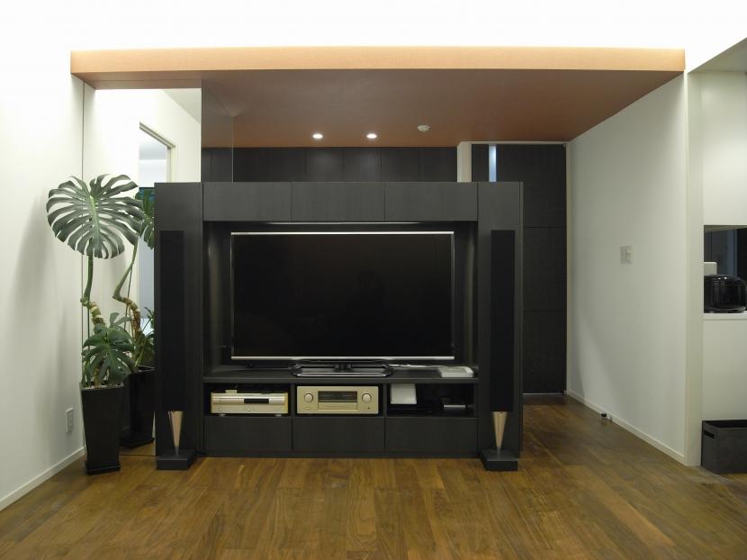 Y邸改装の写真 テレビボード