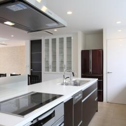世田谷の家 (オープンキッチン)