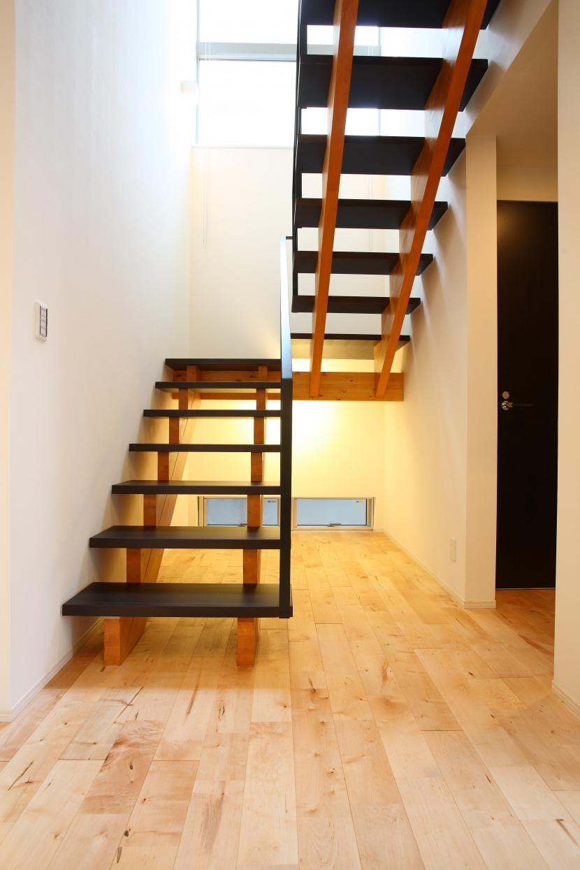 相模原の家の部屋 スケルトン階段
