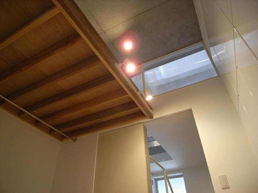 三田H邸の部屋 ロフト付の納戸