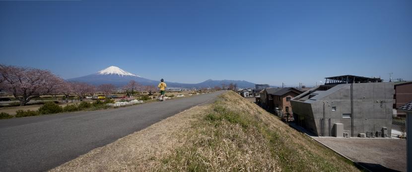 富士の住宅の部屋 外観2