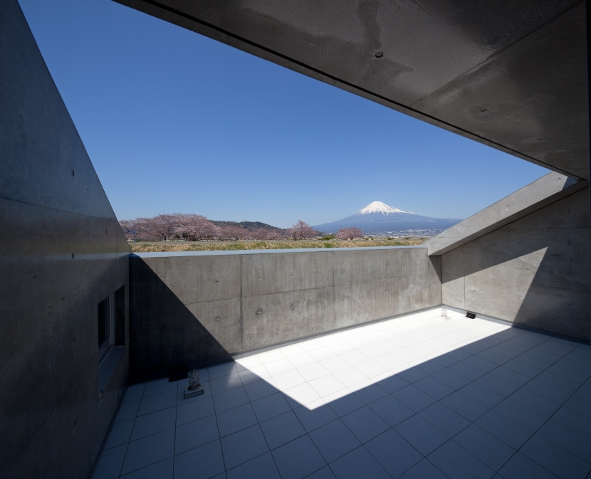 富士の住宅 (テラス)