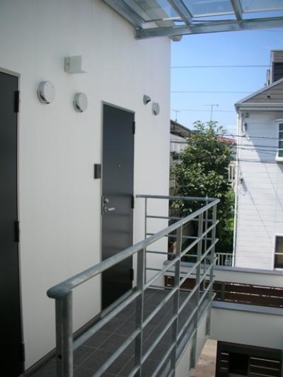2階共用廊下 (方南1丁目プロジェクト)