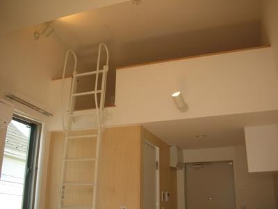 2階ロフト (方南1丁目プロジェクト)