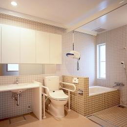 画家と母の家 (洗面&浴室をバリアフリーに)