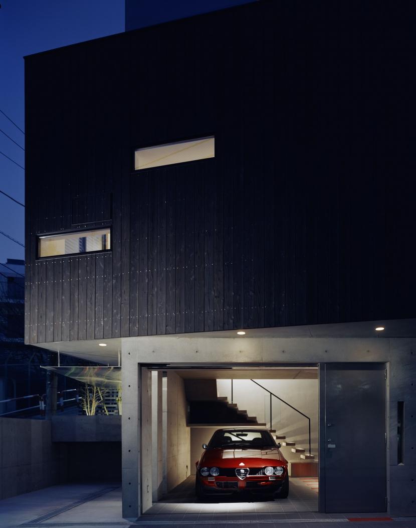 balenaの部屋 ガレージ