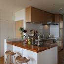 海を見下ろす高台の家の写真 キッチン