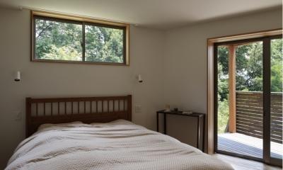 緑陰とピアノの家 (寝室)