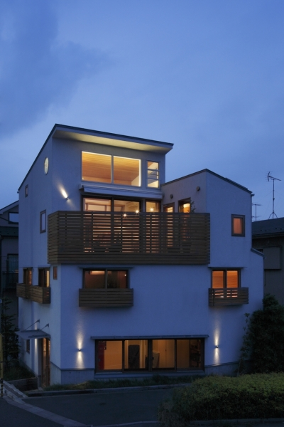 外観 (眺めの良いルーフテラスの家)