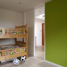眺めの良いルーフテラスの家-子供部屋
