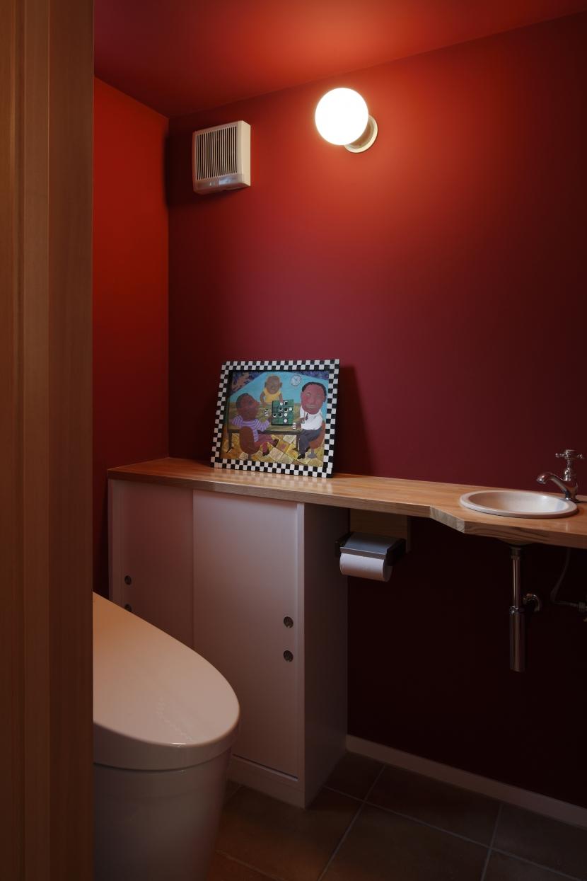眺めの良いルーフテラスの家の写真 トイレ