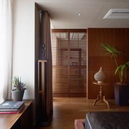 寝室 (リゾートホテルのような贅沢空間)