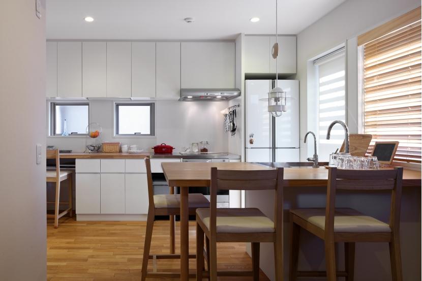 建て売り住宅のリノベーション (キッチン)