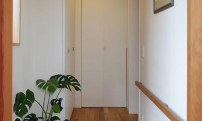 建て売り住宅のリノベーション (玄関)