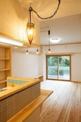 江戸川区 Y邸 (キッチンからリヴィングを眺める)