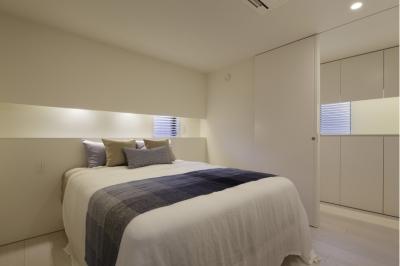 ツカ邸 (寝室)