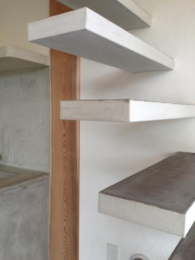 大発コミュニティースペース (ギャラリー+研究室) (階段)
