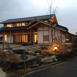 A邸 (造園家の家)の写真 外観 夜景