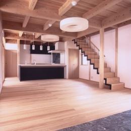 A邸 (造園家の家)の部屋 リビング