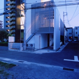 A邸 (専用住宅) (外観 夜景)