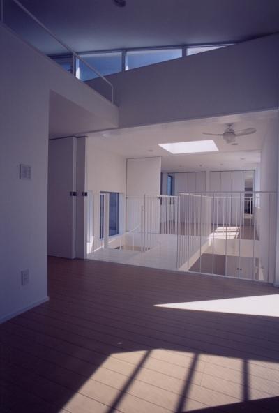 A邸 (専用住宅) (子供室と吹き抜け)