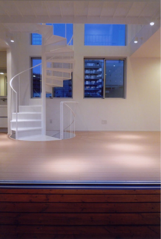 A邸 (専用住宅)の写真 螺旋階段