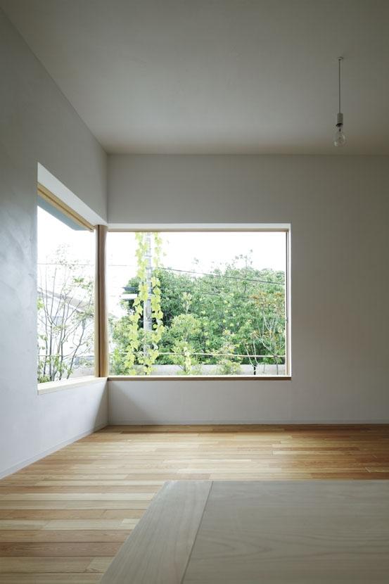 「夕日の家」の部屋 リビング