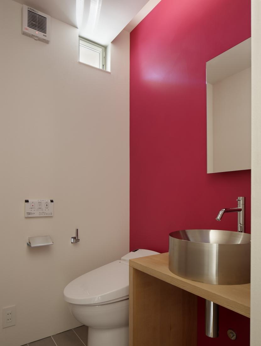 サイ邸の部屋 トイレ