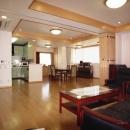 地下+地上1階診療所。2・3階住宅-Y
