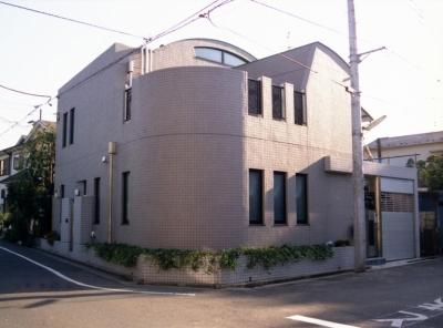都心地住宅街のRC地下室ありの戸建住宅-M (外観)
