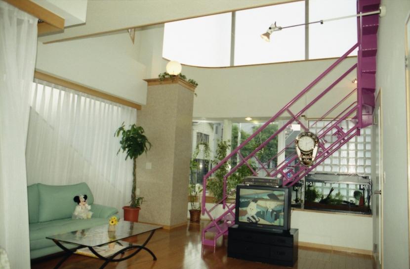 都心地の鉄骨3階建て戸建住宅-Nの写真 居間