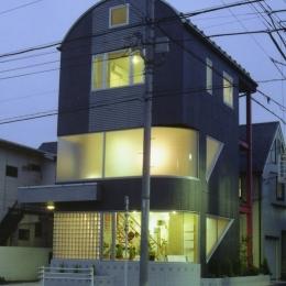 建築家 新田広史の事例「都心地の鉄骨3階建て戸建住宅-N」