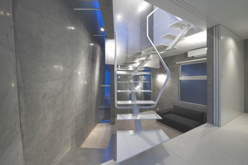 cavernaの部屋 階段