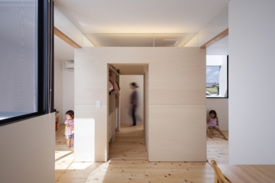 寝室と子供部屋 (cube×CUBE)