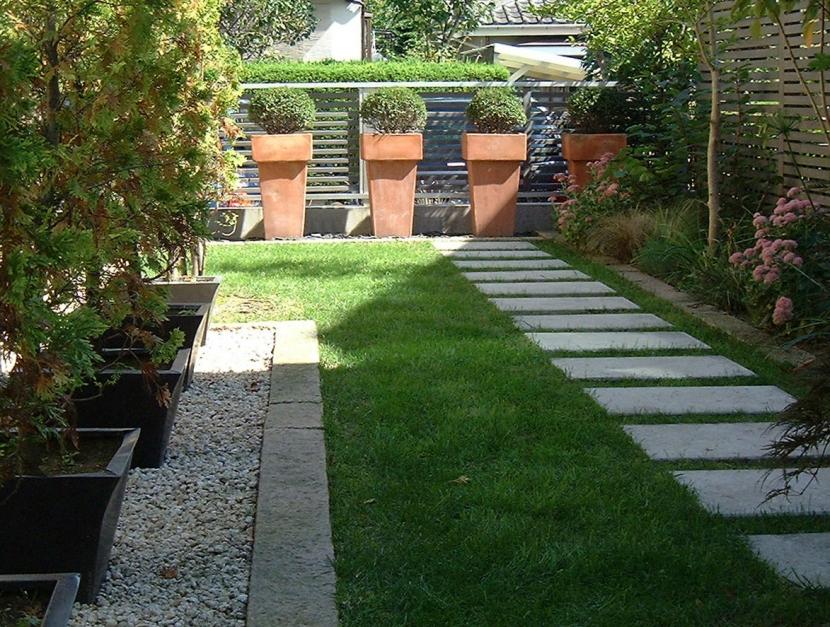 デザイナー:山越 健造「gardenS」