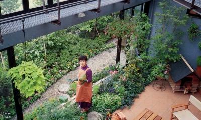 インナーテラス|雨が降っても家の中でバーベキュー!  アウトドアライフを楽しむ明るい土間の家