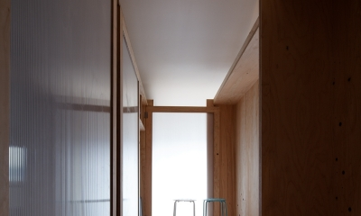 勾配天井の家 -いえづくりワークショップとDIY施工の参加型リノベ- (ノビルーム室内)