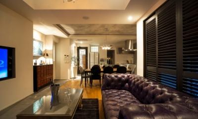 ヨーロピアンとオリエンタル、モダンが融合した、高級感あるラウンジのような空間 (リビングダイニングキッチン)