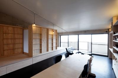 勾配天井の家 -いえづくりワークショップとDIY施工の参加型リノベ- (リビング ノビルーム(個室一つ作成))