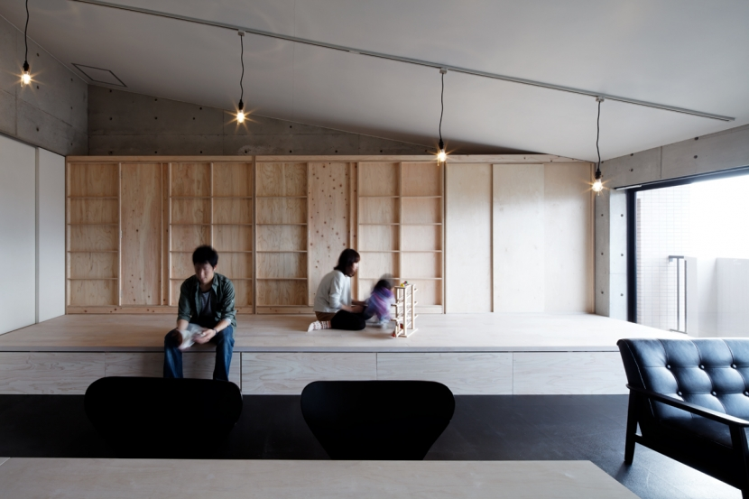 コアガリ (勾配天井の家)