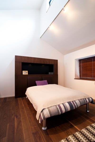 ベッドルーム (本格的なバーを備えた大人のプライベート空間)