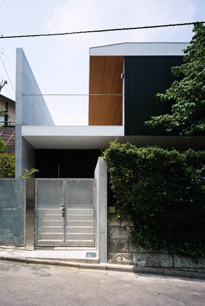 緑山の家 (玄関)