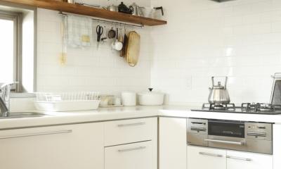 H邸・家族の笑顔にあふれる快適な住まい (キッチン)