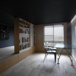 可動本棚の家 (01緩やかなワンルーム状態)