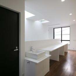 ハコノオウチ04 2.5世帯住宅 (歯磨きコーナー)